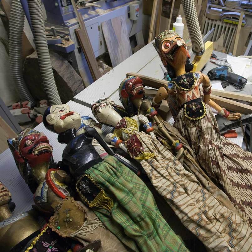 Restaurierung alter Marionetten